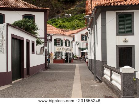 Sao Vincente, Madeira, Portugal - September 5, 2016: The Seaside Villge Of Sao Vincente On North Wes