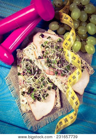 Healthy Sandwiches With Ham And Broccoli Sprouts On Crisp Bread. Healthy Eating Concept. Diet.