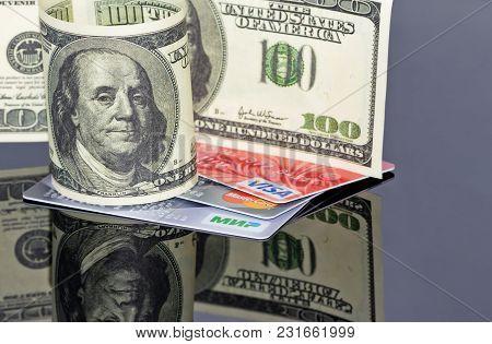Concept: Cash And Non-cash Money Visually