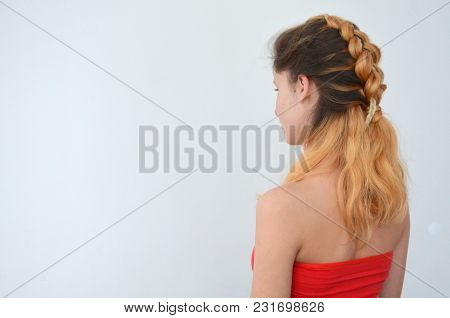 Teenage Girl With Modern Hair Braids Kanekalona Natural Colors