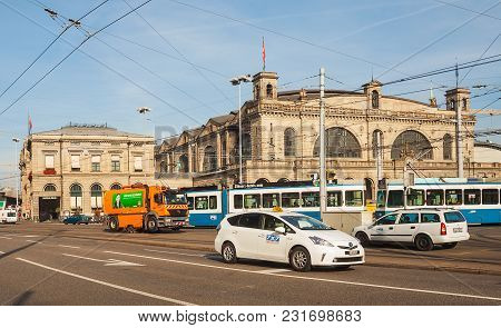 Zurich, Switzerland - 24 September, 2014: Building Of The Zurich Main Railway Station, Traffic In Fr