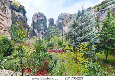 Landscape Of The Huge Rocks Meteora Thessaly Greece - Orthodox Religious Places
