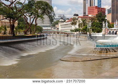 Kuala Lumpur, Malaysia - November 20, 2017: Fountains Along The River Of Life Esplanade In Kuala Lum