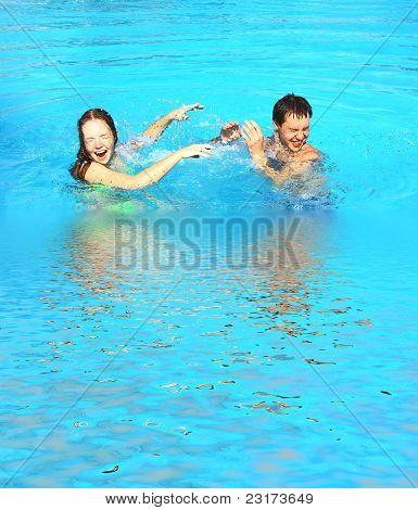 Pool Honeymoon