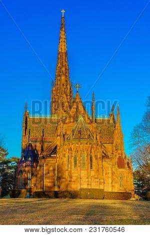 Cathedral Of The Incarnation On The Sunset, Garden City, New York Us