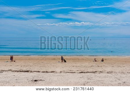 South Australia, Australia - November 13, 2017: People Relaxing On Seacliff Beach In Holdfast Bay, A