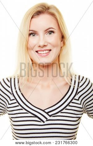 Application photo of a young blond smiling woman