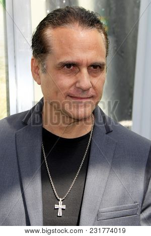 LOS ANGELES - FEB 17:  Maurice Benard at the World Premiere Of