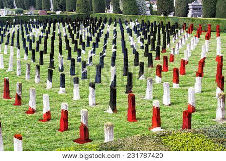 World War I War Cemetery - Heroes Fallen For Homeland - Veteran Memorial Day