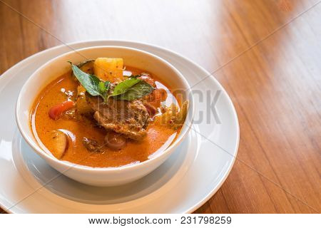 Roasted duck red curry, Thai Traditional food