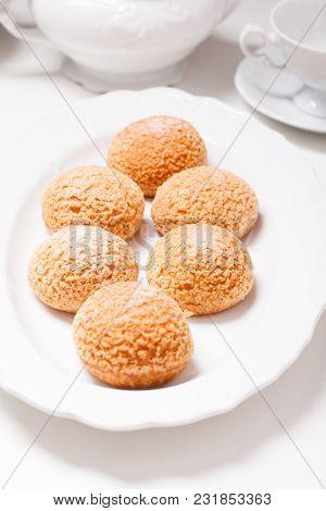Choux - Modern French Dessert, Puffs With Craqueline And Vanilla Cream