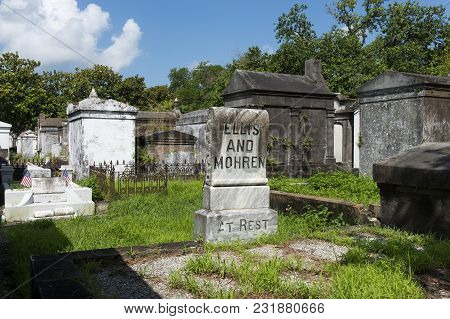 New Orleans, Louisiana - June 18, 2014: Tombs At The Lafayette Cemetery No. 1 In The City Of New Orl