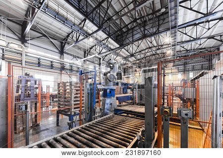 Modern Operational Plant Equipment Assembly Line Producing Fiberglass Heavy Industry Machinery Metal