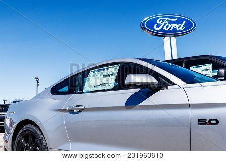 Fishers - Circa March 2018: Local Ford Car And Truck Dealership. Ford Sells Products Under The Linco