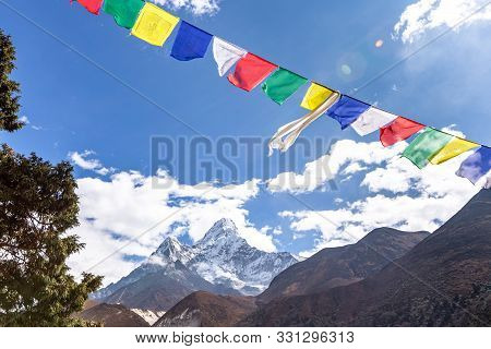 Ama Dablam Mountain. Trekking Everest Base Camp. Nepal. Asia.