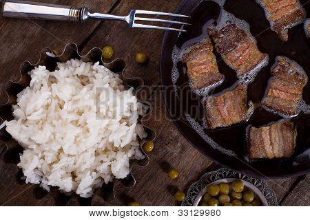 Boiled Rice With Meat