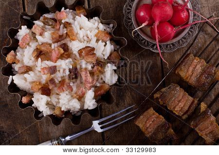 Boiled Rice With Meat And Radish