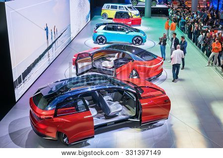 Frankfurt-september 19: Volkswagen Id.roomzz, Id.vizzion, Id.3, Id.crozz, Id.buzz And Id.buggy At Th