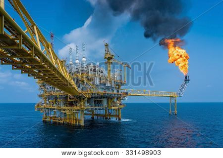 Offshore Oil And Gas Construction Platform While Vent Gases To Flare Platform To Prevent Over Pressu