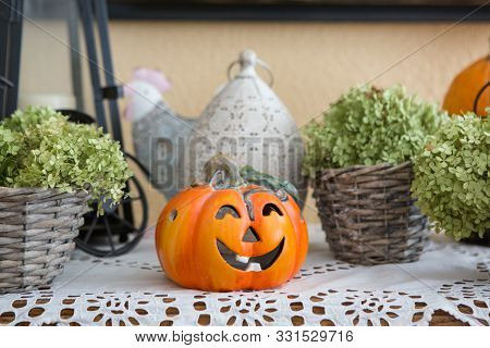 Home Halloween Pumpkin Decoration With Artificial Squash