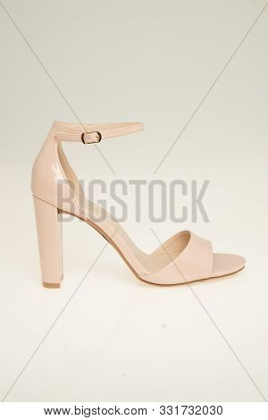 Sexy Golden Color Pointy Toe Single Sole High Heels Leather With White Background