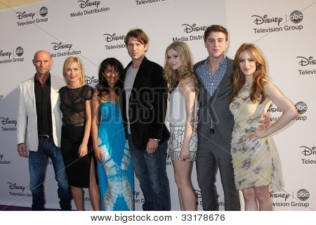 LOS ANGELES - MAY 20:  L Goss, R Mitchell, S Mathew, W Traval, E Moriarty, S Beaumon,Newman  arrives at the ABC/Disney Intnl Upfronts at Walt Disney Studios Lot on May 20, 2012 in Burbank, CA
