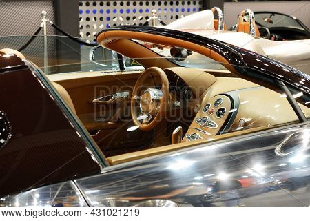 Dubai, Uae - November 16: The Bugatti Veyron 6.4 Grand Sport Vitesse Sportscar Is On Dubai Motor Sho