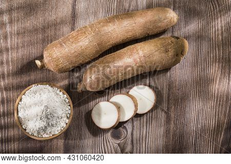 Manihot Esculenta - Raw Cassava Root Starch.
