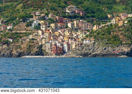 Riomaggiore Village, Cinque Terre National Park In Liguria, La Spezia, Italy, Europe. Unesco World H
