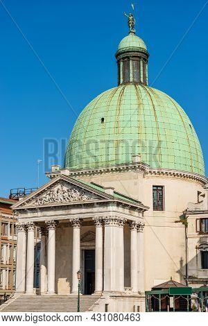 Venice, Church Of San Simeon Piccolo Or Santi Simeone E Giuda In Neoclassical Style, 1718-1738, Wate