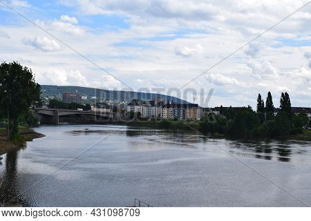 Koblenz, Germany - August 10th 2021: Mosel Between River Lock And Old Town