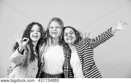 Good Vibes. Real Friendship. Group Girls. Female Friendship. Sisterhood And Family. Best Friends. Ba