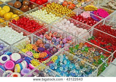 Beads Diversity, Modern Entertainment