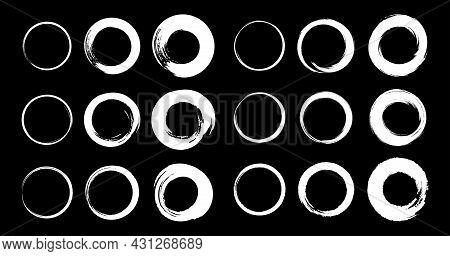 White Hand Drawn Grunge Circle Frames Set. Brush Stroke Rounds. Sketch Scribble Circular Design Elem