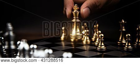 Close Up King Chess Challenge Or Battle Fighting With Falling Chess On Chess Board Concepts Of Leade