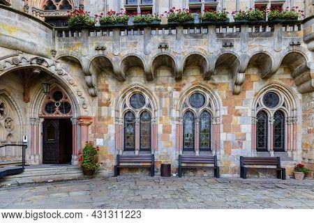 Bad Bentheim, Germany - August 25, 2021: Closeup Facade Bentheim Castle In Nordrhine Westfalen In Ge