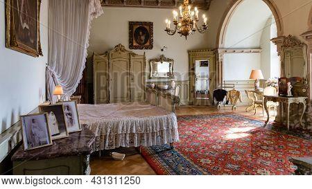 Bad Bentheim, Germany - August 25, 2021: Main Royal Bedroom Bentheim Castle In Nordrhine Westfalen I