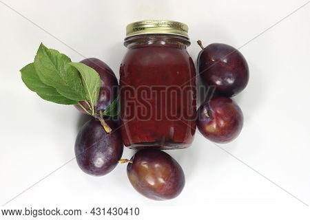 Black Plums Grand Prix Italy For Jam