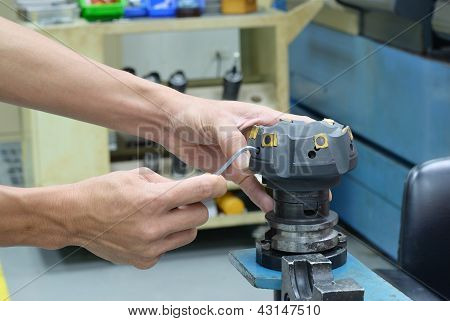 Remove Insert Face Milling Tool Of Cnc Machine