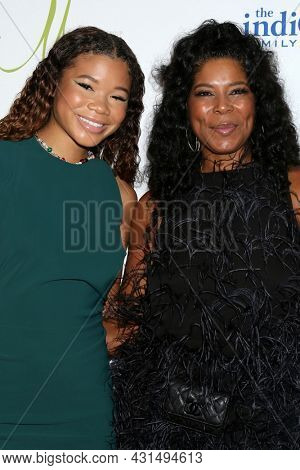 LOS ANGELES - AUG 20:  Storm Reid, Robyn Simpson at the 21st Annual Harold and Carole Pump Foundation Gala at the Beverly Hilton Hotel on August 20, 2021 in Beverly Hills, CA