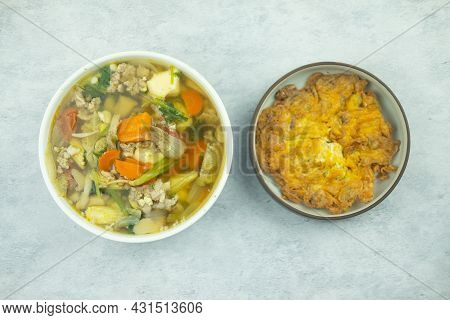 Minced Pork Omelette And Clear Clear Vegetable Soup. Thai Style Homemade Food