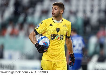 Torino, Italy. 28 August 2021. Guglielmo Vicario Of Empoli Fc  Controls The Ball During The Serie A