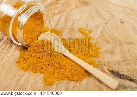 Fresh Organic Root And Turmeric Powder - Curcuma Longa; Healthy Food.