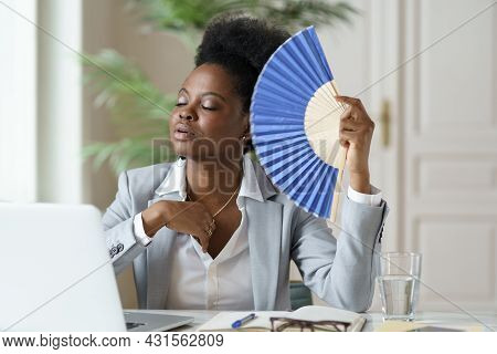 Overheated African Mix Raced Businesswoman Suffer From Heatstroke Working In Office Without Air Cond