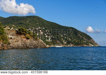 Italy: The Gulf Of Moneglia, Near The Cinque Terre National Park. High Quality Photo