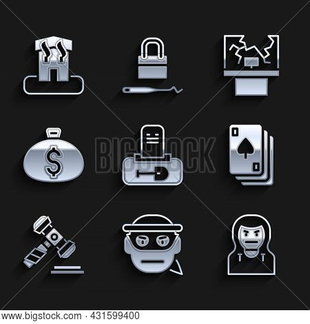 Set Grave With Tombstone, Bandit, Thief Mask, Playing Cards, Judge Gavel, Money Bag, Broken Window A