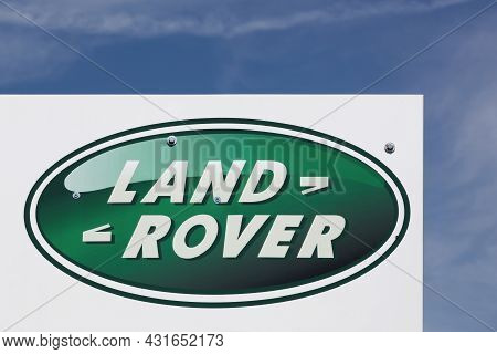 Macon, France - June 3, 2021: Land Rover Logo On A Signboard. Land Rover Is A Car Brand That Special