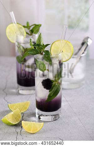 Cold Refreshment Organic Non-alcohol Cocktail Blackberry Mojito With Berry Fruit In Glass