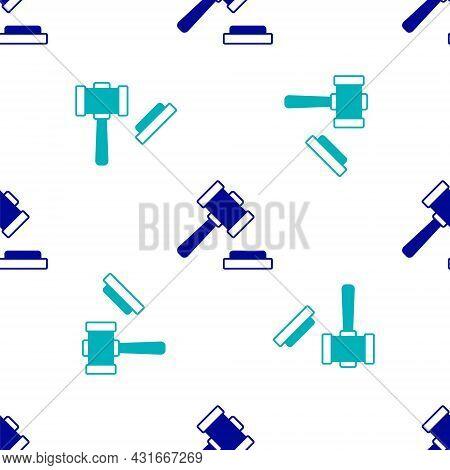 Blue Judge Gavel Icon Isolated Seamless Pattern On White Background. Gavel For Adjudication Of Sente