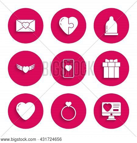 Set Online Dating App And Chat, Wedding Rings, Dating Online, Gift Box, Heart, With Wings, Condom An